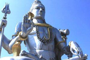 Под таким небом здесь в Карнатаке восседает САМ ВЛАДЫКА ШИВА